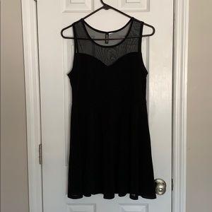 Women's H&M dress, Heart neckline, Black, Medium